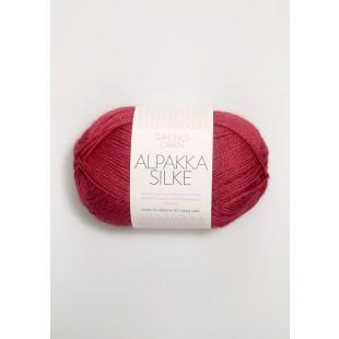 Alpakka silke bringenbærrød