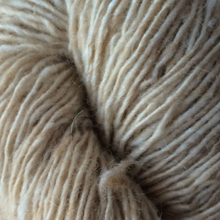 Isager tweed Sand